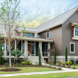 Pros and Cons of Hardie Board Siding for Your Minneapolis Home