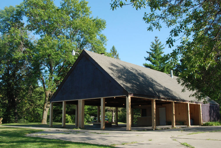 Lake Grace pavillion